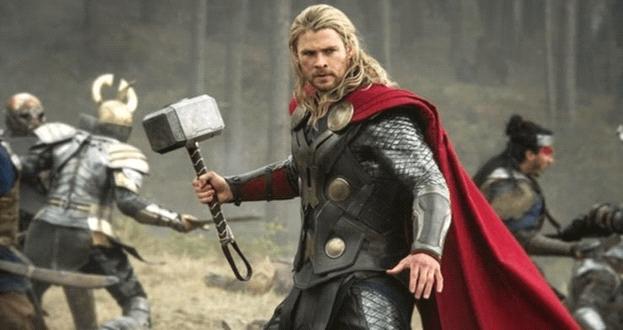 Thor sở hữu búa thần Mjolnir