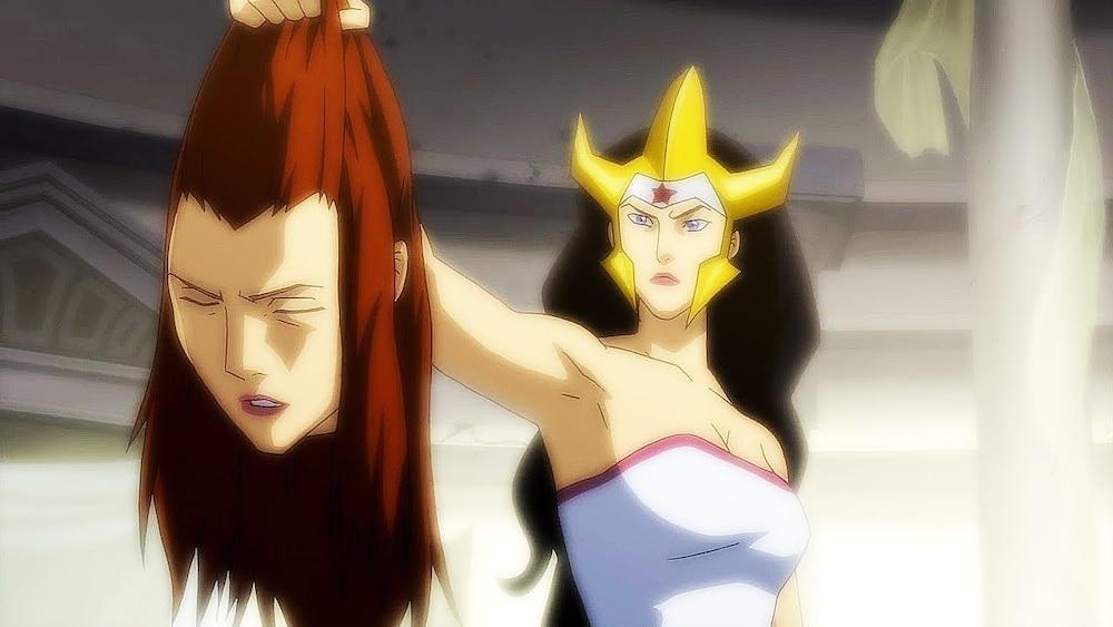 """Wonder Woman """"lấy đầu"""" Mera trong The Flashpoint Paradox."""